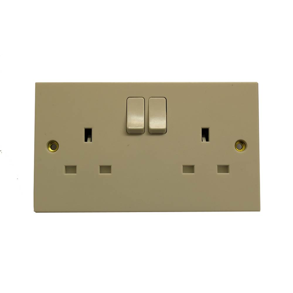 13A 2GANG SWITCHED SOCKET OUTLET