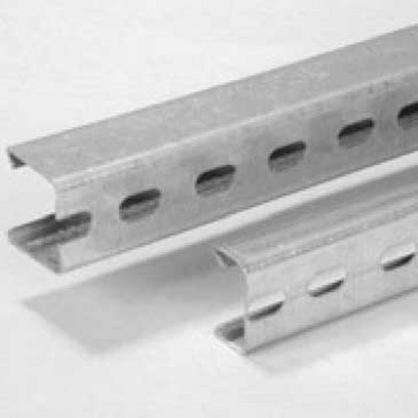SLOTTED CHANNEL - 40-40X2.6-3M