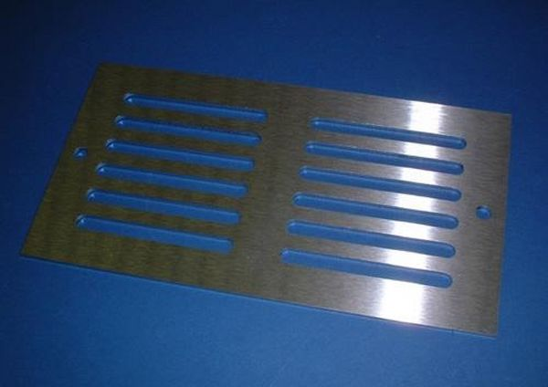 150MM X 80MM VENTILATION GRILLE STAINLESS STEEL