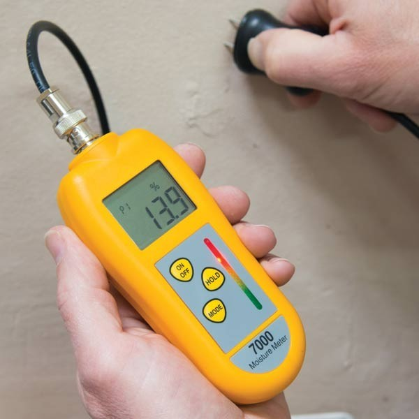 ETI 7000 GENERAL MOISTURE METER SUPPLIED COMPLETE TWO-PIN PROBE